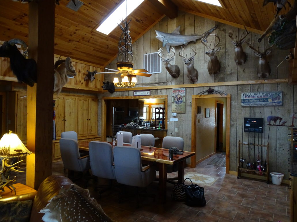 Texas Hunting Lodge Compasso Ranch